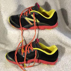 2019-Jun-23 Woman's New Balance Size 7 Sneakers